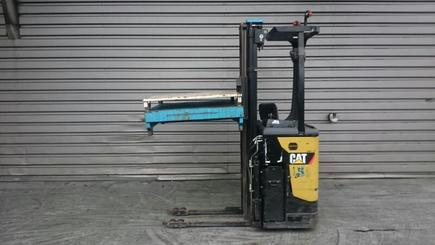 Stacker com condutor transportado Caterpillar NSR16N - 1