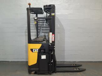 Stacker com condutor transportado Caterpillar NSR20N - 7