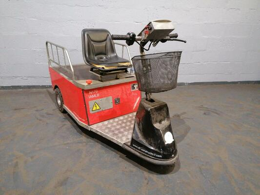 Tractor industrial STI ST1,850 - 1